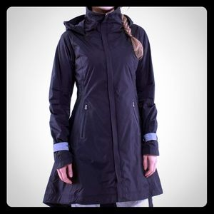 Lululemon NWT ride on rain jacket
